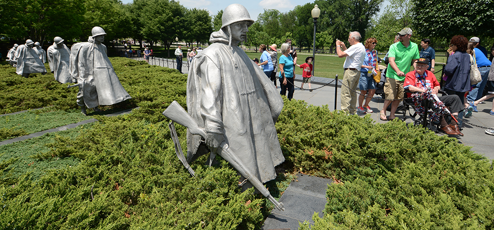 1:24 pm: Korean War Veterans Memorial.