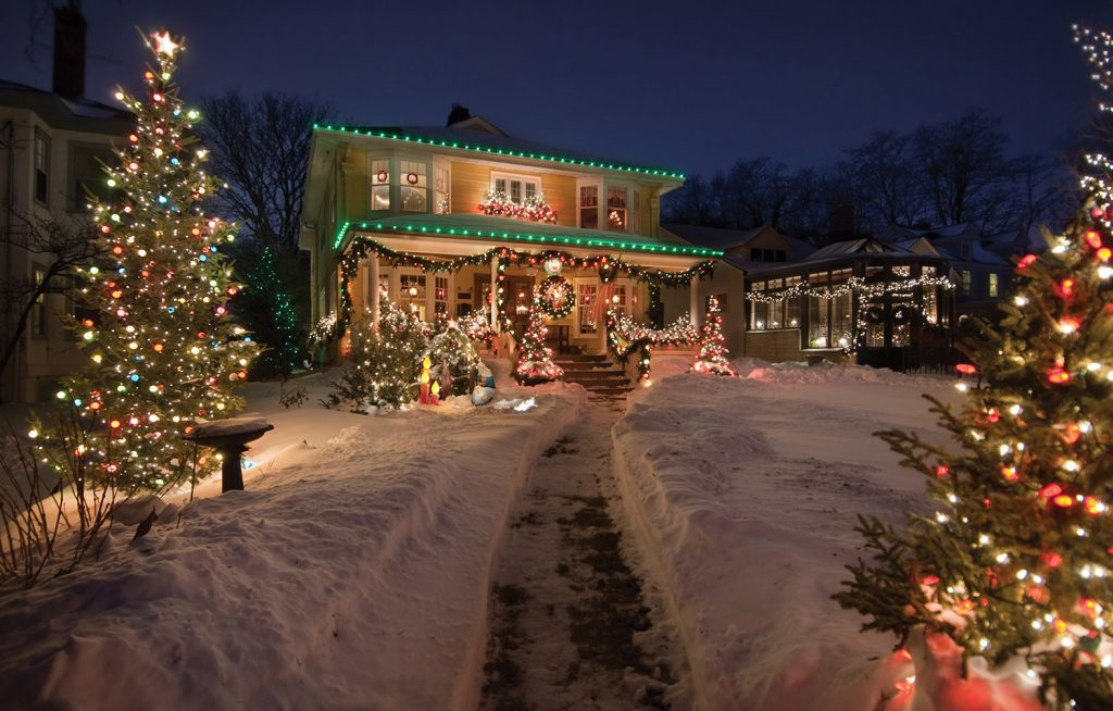 House decorated for the holidays