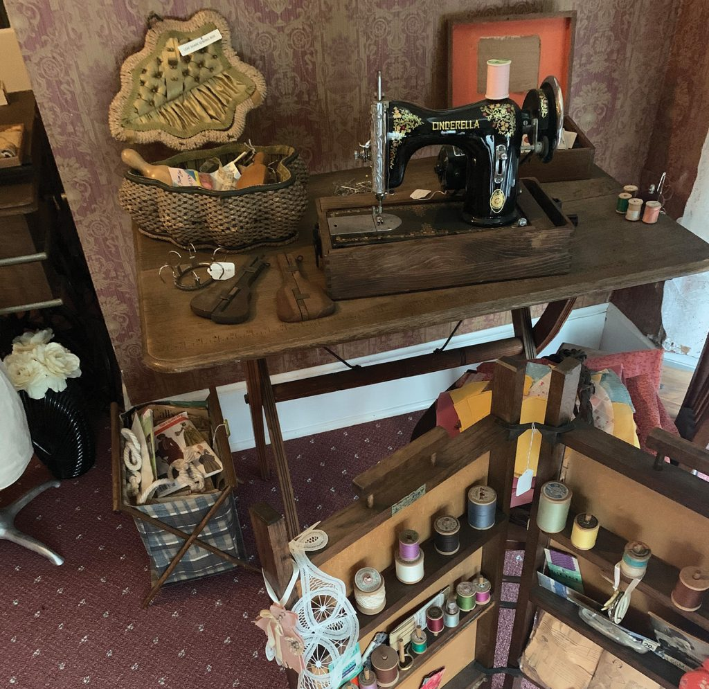 Cragun House sewing room